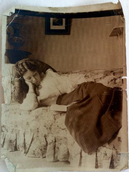 Olivebevis1910